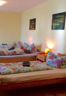 Hotel / Pension Forst Bohrau 4 Bett Zimmer